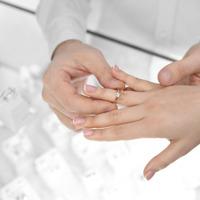 Precios de anillo online vs retail