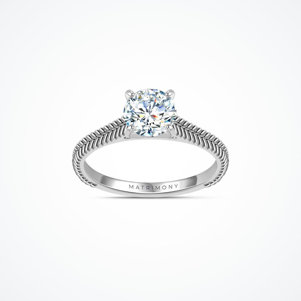 Anillo de compromiso de solitario con diamante principal redondo con detalles trenzados